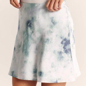 [Abercrombie & Fitch] tie-dye satin mini skirt